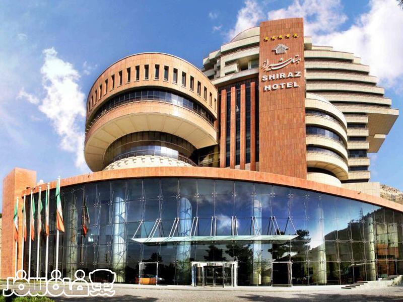 رستوران های متنوع هتل بزرگ شیراز