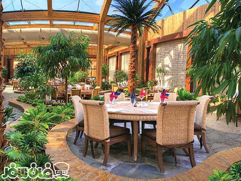 رستوران روف گاردن هتل درویشی مشهد