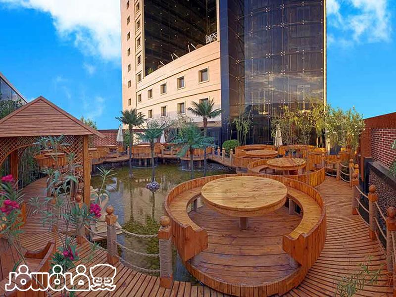 چایخانه سنتی هتل درویشی مشهد