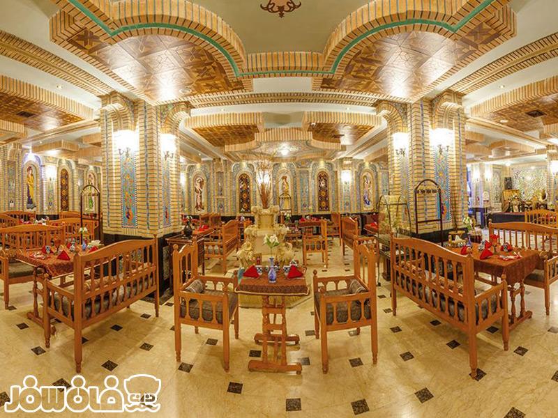 رستوران ترمه هتل قصر طلایی مشهد