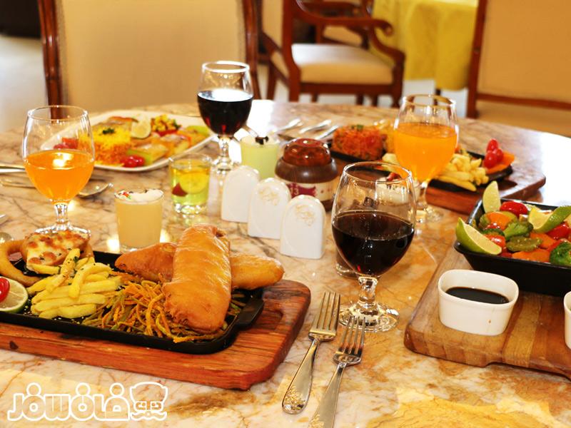 غذای هتل قصر طلایی مشهد