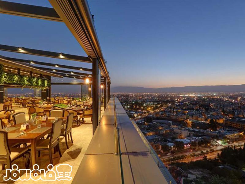 رستوران پانارامیک هتل بزرگ شیراز